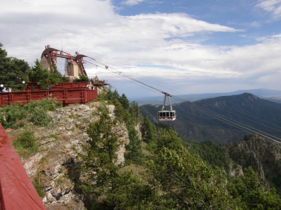 Sandia-Peak-Tram-Station-570x427